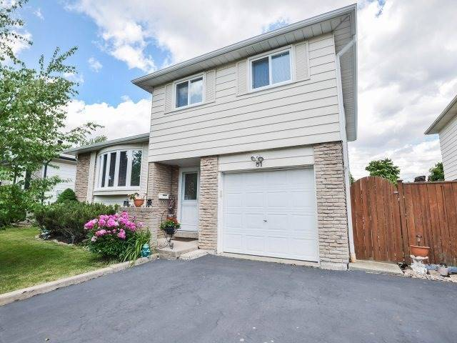 Beautiful detached home in best part of Brampton for rent